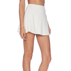 BCBG White Pleated Mini Skirt